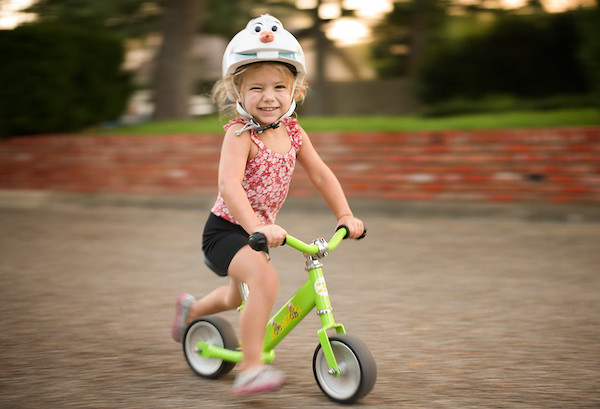 Photo of child on balance bike: One-eyed smile by Donnie Jay Jones https://www.flickr.com/photos/donnieray/CC BY 2.0https://creativecommons.org/licenses/by/2.0/